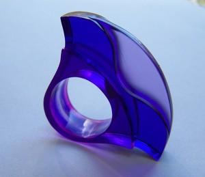 kék-lilagyűrű